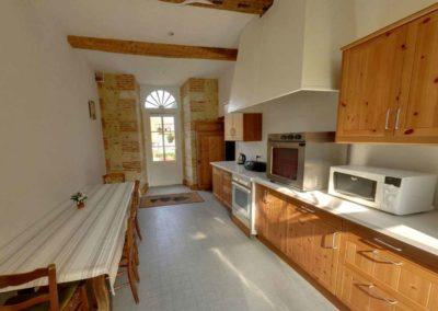 La Grange de Bourgoult cuisine Maison de la Commanderie